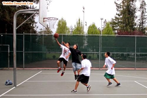 Bài giới thiệu tiếng Anh về sở thích về bóng rổ
